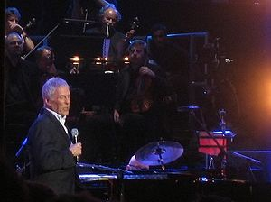 English: Burt Bacharach in concert, 2008.