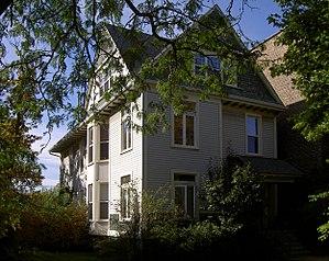 Carl Sanburg's house where he lived while he w...