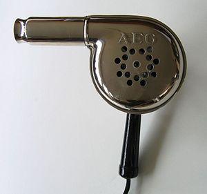 Deutsch: Haartrockner AEG Modell Nr. 72355, ca...
