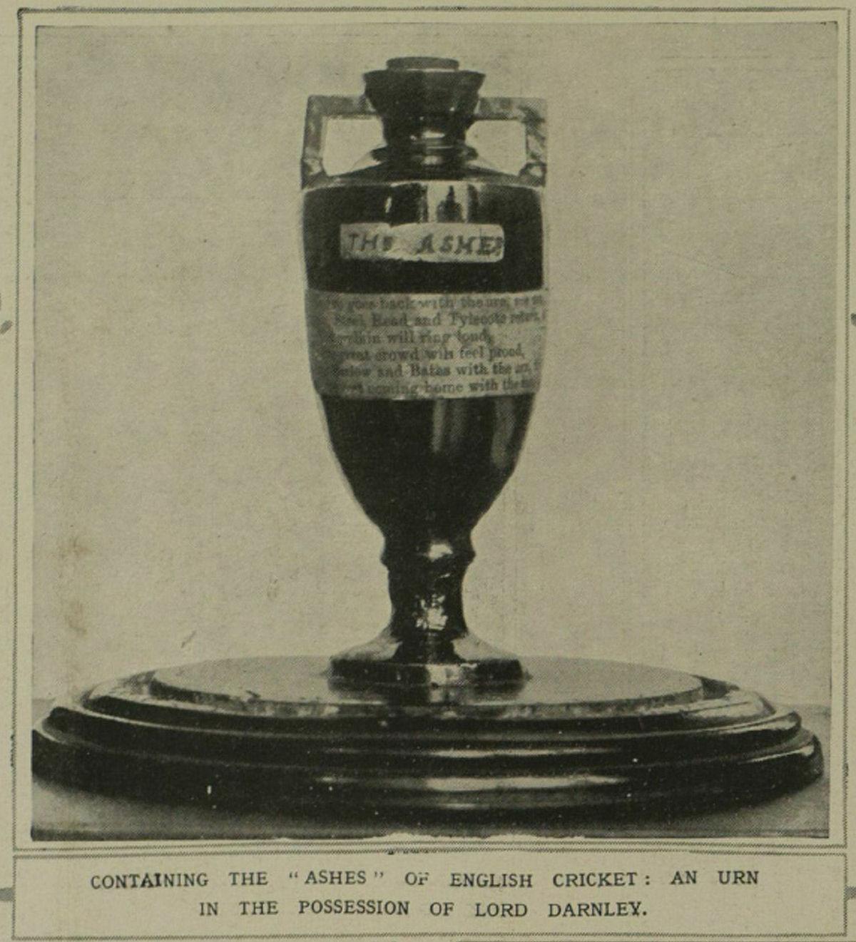 Ashes Urn 1921.jpg