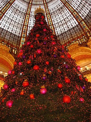 Paris-Galeries Lafayettes-Sapin de noel-2005-11-28