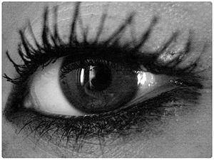 Eye shot