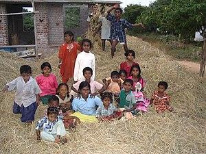 English: Children in a Dalit village near Madu...