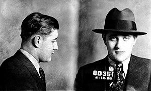 English: Mugshot of Jewish-American mobster Be...