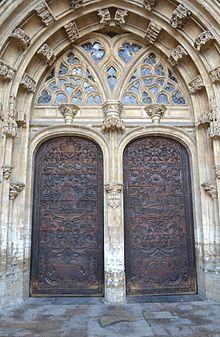 Catedral de Oviedo  Wikipedia la enciclopedia libre