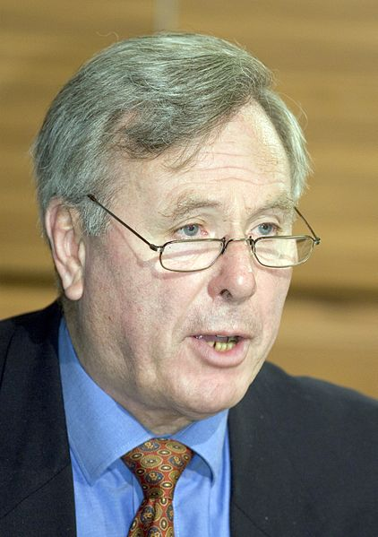 File:Andreas Von Bülow Axis for Peace 2005-11-17.jpg