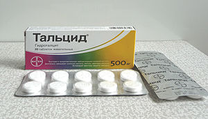 English: Pharmaceutical drug Talcid, antacid Р...
