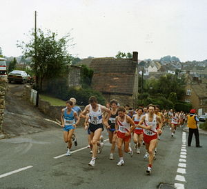 English: Athletes at the start of a 10-mile ra...