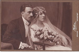 English: Leopold Adler - Romanian wedding couple