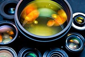 English: View of different photographic lenses...