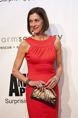 English: Wendie Malick at the Farm Sanctuary 2...