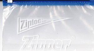 English: A Ziploc plastic bag.