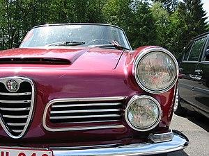 Alfa Romeo 2600 Spider front