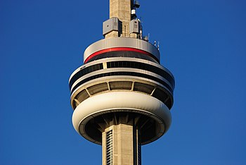 English: Main Pod of the CN Tower in Toronto, ...