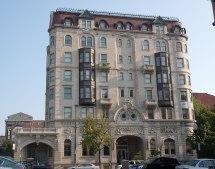Hotel Kernan - Wikipedia