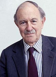 17th Duke of Norfolk Allan Warren.jpg