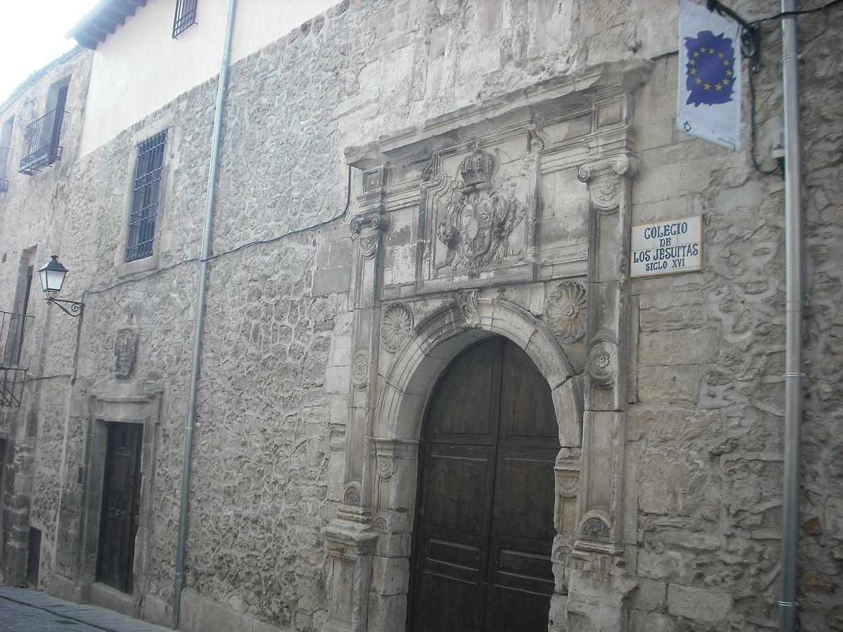 Portada del colegio de los Jesuitas Cuenca  Wikipedia