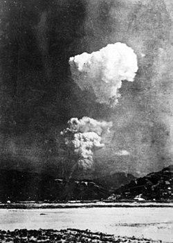 Bom Atom Pertama Dijatuhkan Di Kota Hiroshima Pada Tanggal : pertama, dijatuhkan, hiroshima, tanggal, Pengeboman, Hiroshima, Nagasaki, Wikipedia, Bahasa, Indonesia,, Ensiklopedia, Bebas