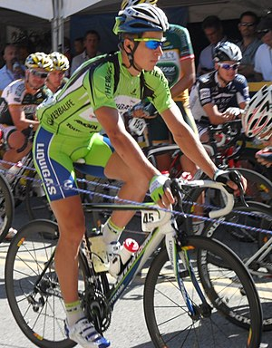 English: Peter Sagan in green won the sprint a...