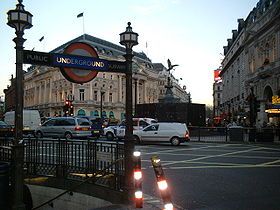 Piccadilly Circus mtro de Londres  Wikipdia