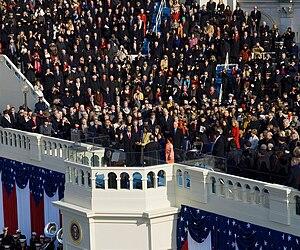 English: Barack Obama taking the oath of offic...
