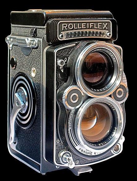 File:Rolleiflex camera.jpg