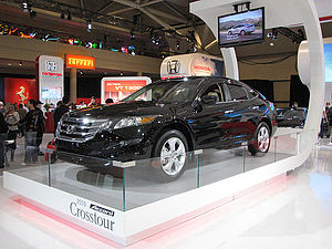 2010 Honda Crosstour at the 2010 Canadian Inte...