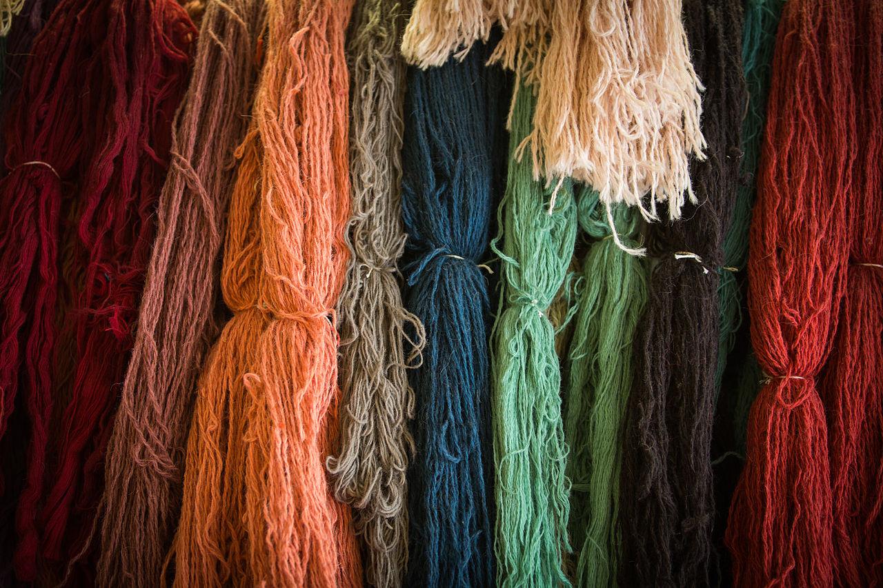 https fr m wikipedia org wiki fichier atelier de restauration de tapis anciens 02 jpg