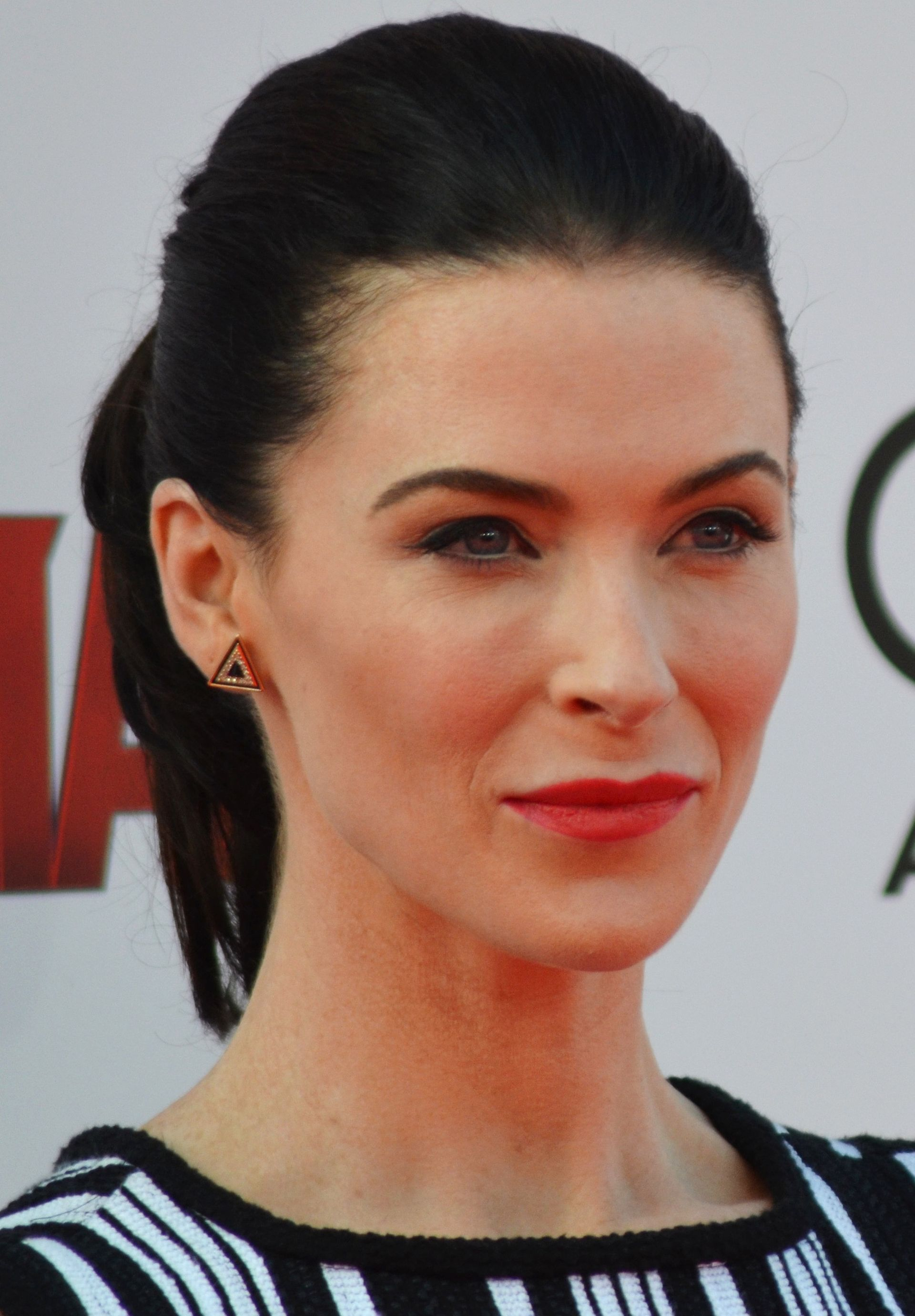 Regan Carter Bridget Agent