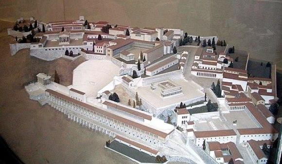 Pergamonmuseum - Pergamon Altar