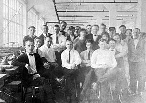 English: Star Watch Case Company employees c1919