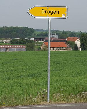 Wegweiser nach Drogen, Germany.