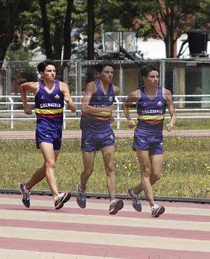 English: race walking Español: marcha atlética