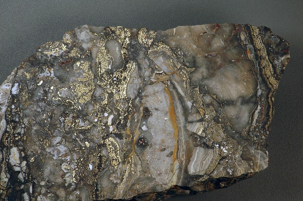 FileAuriferous brecciated quartzadularia rhyolite