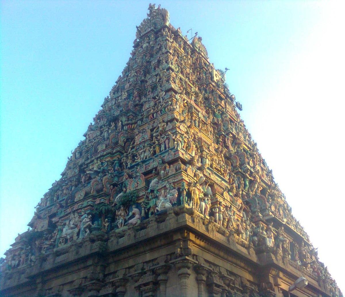 File:Dravidian architectural style gopuram kapaleeshwar temple.jpg - Wikimedia Commons