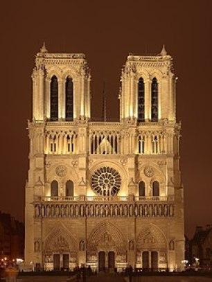 ゴシック建築の代表作 ノートルダム大聖堂の参考画像