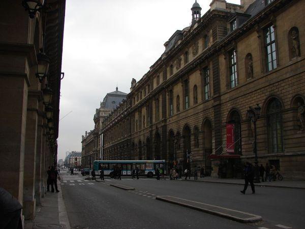 File Paris Rue De Rivoli Aile Rohan Du Louvre 20070219