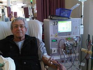 English: Patient receiving dialysis. 中文(繁體)â€...
