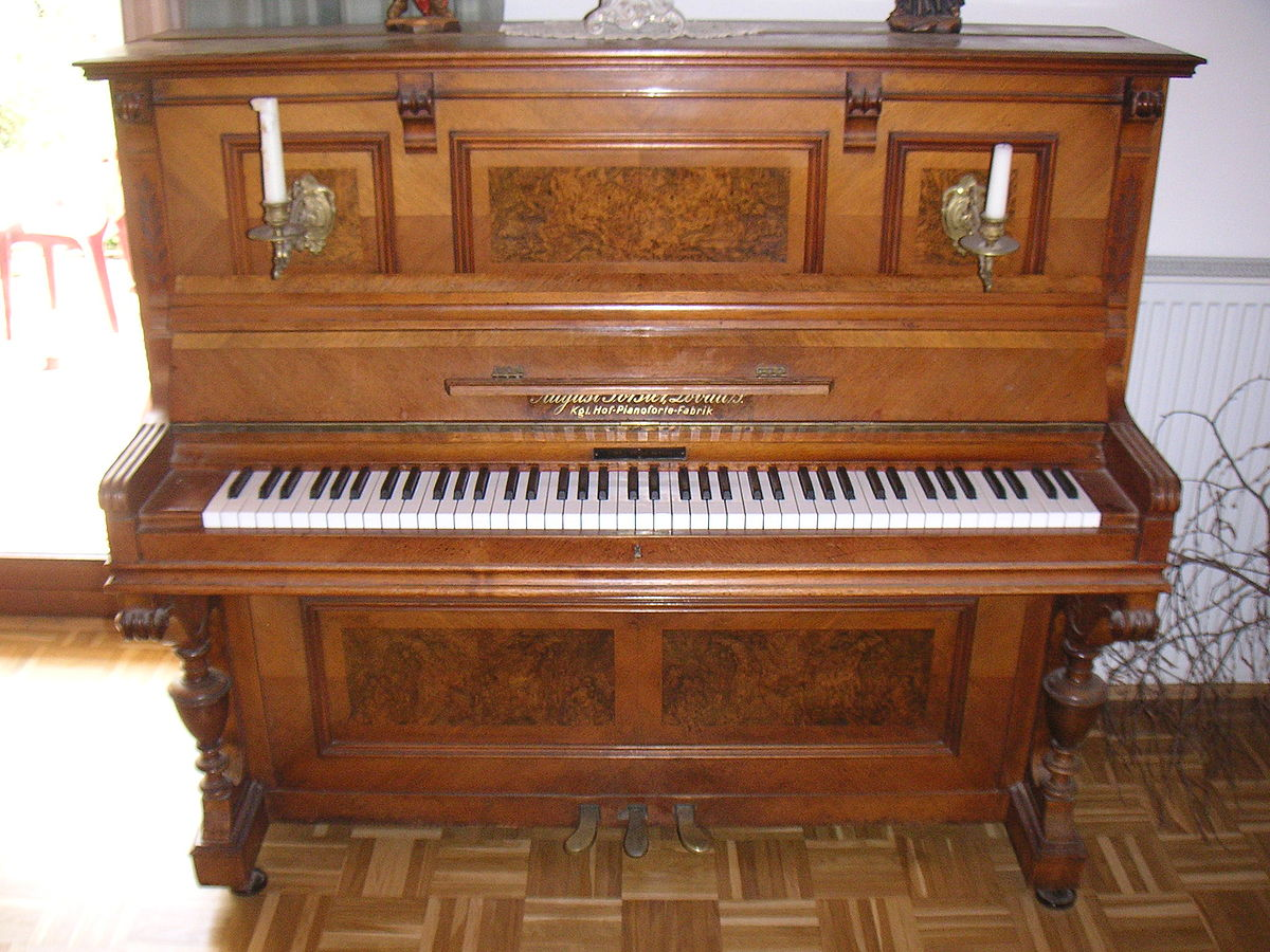 Upright Piano Old Player