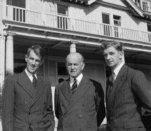 File Sir Edmund Hillary Willoughby Norrie And George