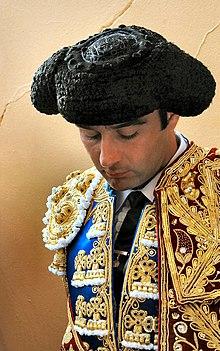 Enrique Ponce, en plena concentración, en Bayona, Francia, en el año 2004.