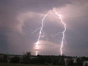 Ghewgill - Lightning in Kansas (by)