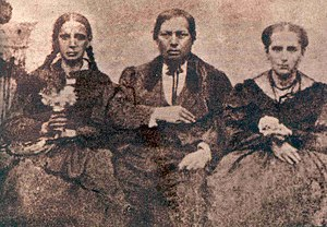 Benito Juárez with his sister Nela (left) and ...
