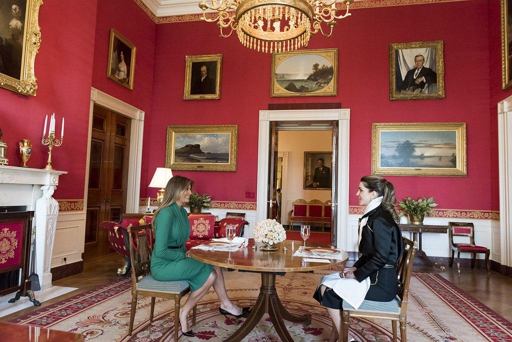 FileMelania Trump and Queen Rania of Jordan have lunch in