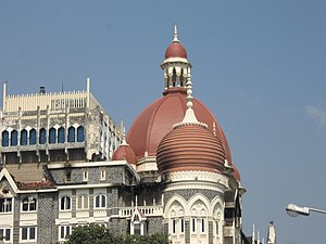 English: Dome of the Taj Hotel that was set ab...