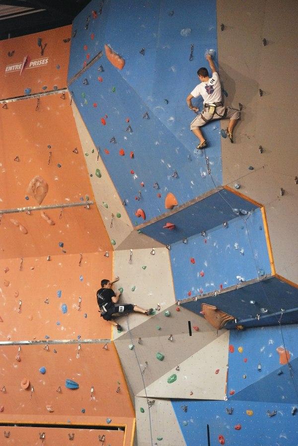 Indoor Climbing - Wikipedia