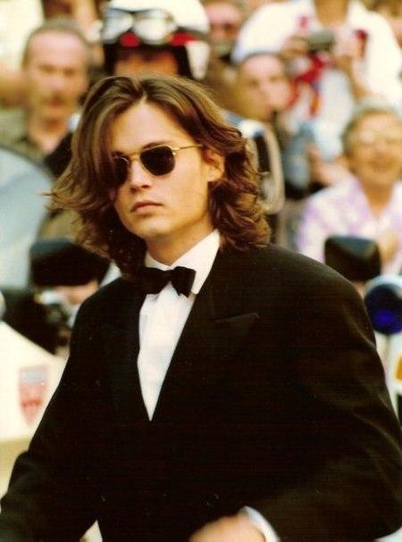 Ficheiro:Johnny Depp Cannes nineties.jpg