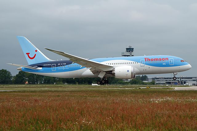 Thomson Airways says Dreamliner forced to return to UK