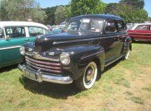 File:1946 Ford Super Deluxe Sedan.jpg - Wikimedia Commons