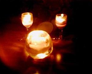 English: 3 candles